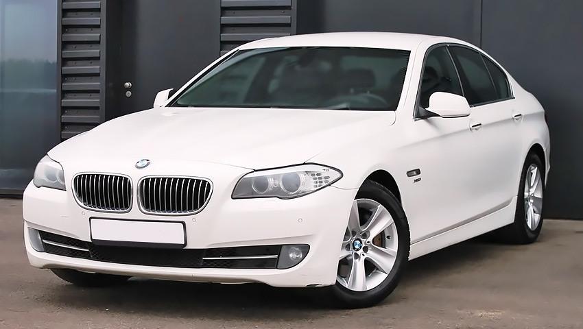 BMW 530d с дизельным двигателем 3.0 литра 2011 года