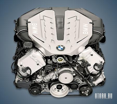 Двигатель N63 фото.