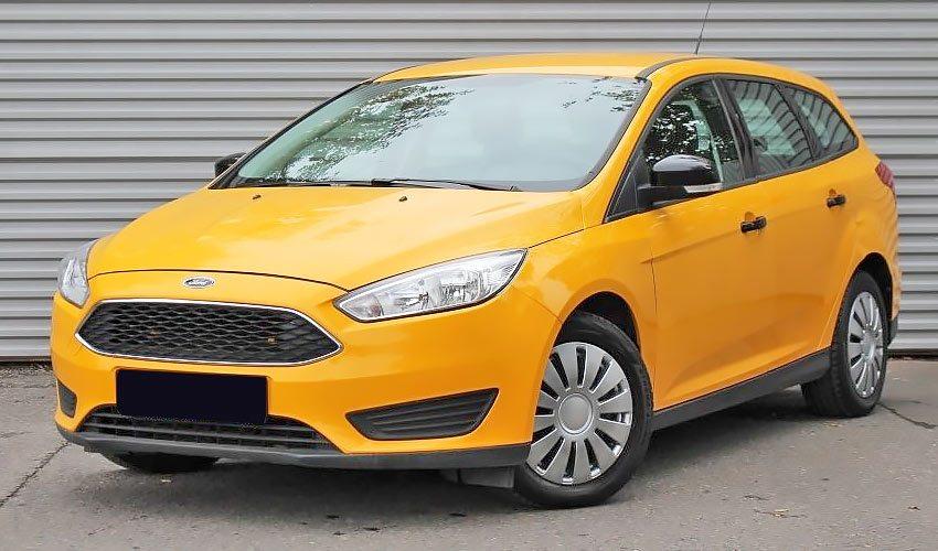 Ford Focus с бензиновым двигателем 1.5 литра 2016 года