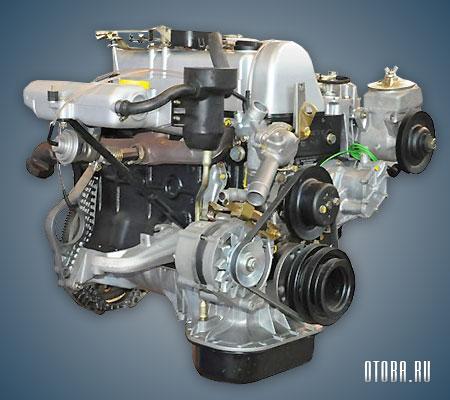 Мотор Mercedes OM616 вид сбоку.