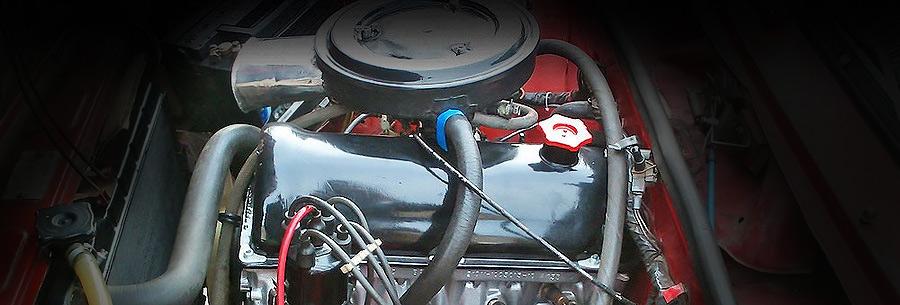 Силовой агрегат 2106 под капотом ВАЗ 2107.